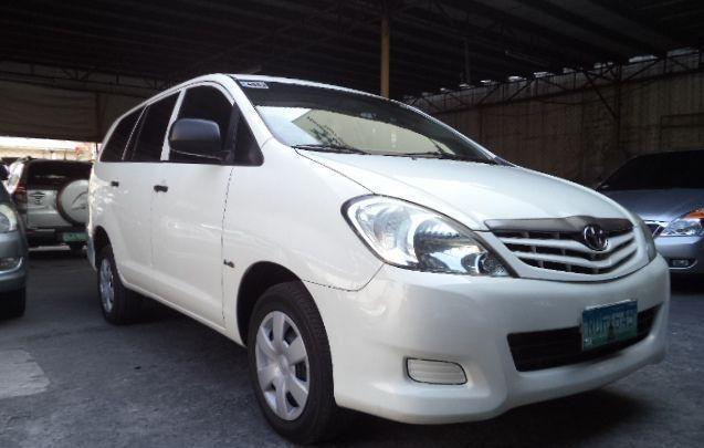 Toyota Innova J 2  5L Engine Diesel Fuel Manual Price: 295k nego