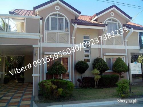 Picture of Jazmine model in Governor's Hills subd, For sale